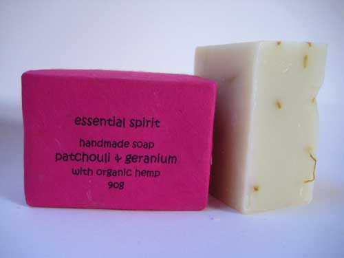 Handmade Patchouli and Geranium Soap (100g)
